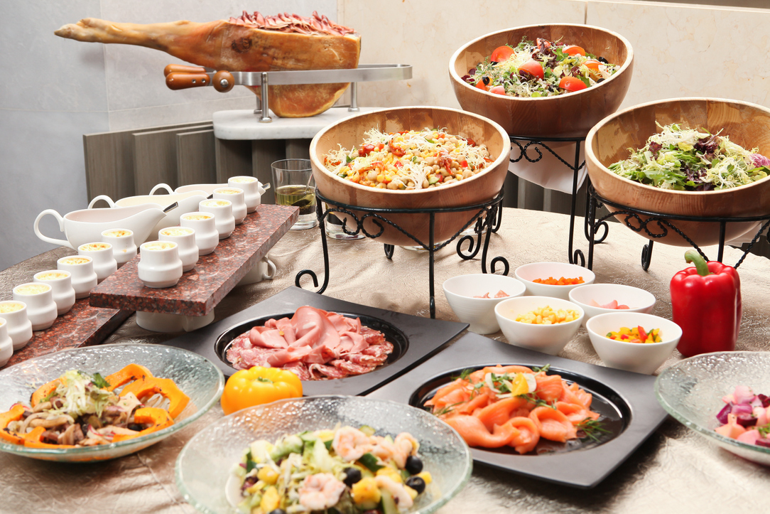 Semi lunch buffet chamber promotions for Appetizer decoration